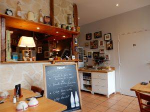 クレープリー・ラ・ビオレット(Crêperie La violette)の地元食材を使った田舎風ガレットが最高に美味しい。│ガレット(Galette)の本場フランスを巡る旅⑥